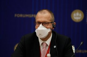 В ВОЗ назвали причины появления супперштаммов коронавируса