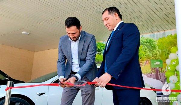 В Самарканде установлено устройство для быстрой зарядки электромобилей