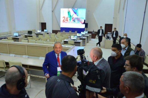 Российские журналисты ознакомились с подготовкой к выборам в Самарканде